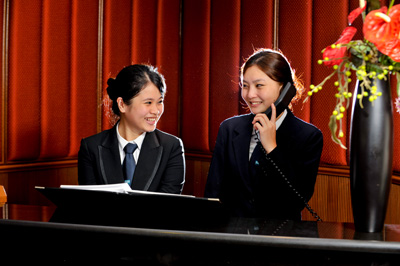 introduction of front office department in hotel